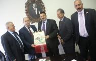 وفد بلدية بيتونيا يواصل لقاءاته مع المسؤولين في مدينة كهرمان مراش التركية لتعزيز التعاون